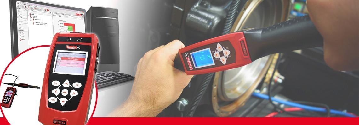 Noua generaţie de analizoare delta este soluţia portabilă compactă pentru a monitoriza toate tipurile de scule de producţie cu o greutate de numai 500 g.<br/>În combinaţie cu standardul, traductoarele Desoutter DRT sau DST sunt capabile să calibreze sculele cu impuls, cheile electrice sau cheia dinamometrică. Împărţite în trei modele numai pentru măsurarea cuplului (DELTA 1D), pentru cuplu şi unghi (Delta 6D) şi capabile de verificarea cuplului rezidual cu cheia DWTA (Delta 7D).<br/>