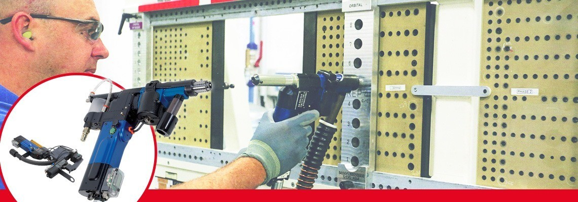 Unităţile avansate de găurire pneumatice de la SETITEC Line sunt dedicate operaţiilor de găurire semi-automate pentru echipamente de asamblare în industria aeronautică.